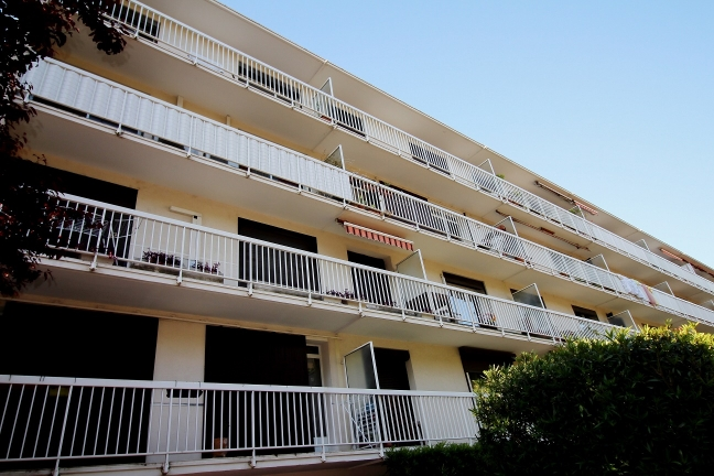 Location appartement f3 montpellier antigone location for Agence location logement