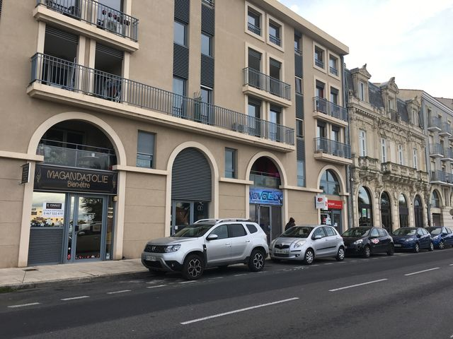 Photo du bien immobilier  : Vente local commercial quai vauban sète